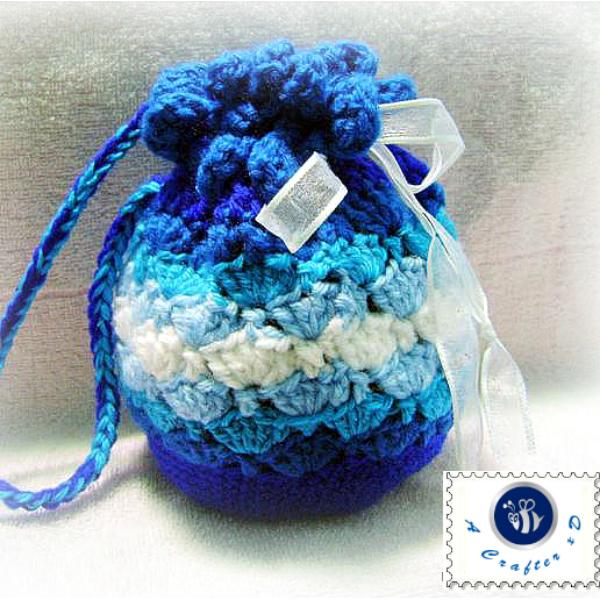 crochet blue waves pouch